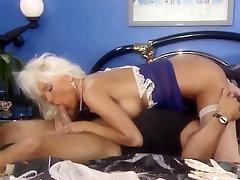 Blond Beauty Masturbating when AssFucked, Helen Duval Tt Boy