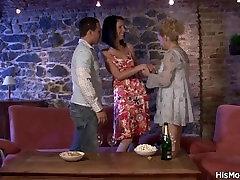 Milf lesbian seduces her sons gf