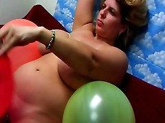 Big Tits un Baloni Live Cam Parādīt Katru ceturtdienu