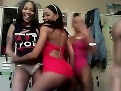 Ebony strippers amazed by webcam Rosana live on 720camscom