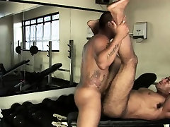 Muscled Hairy Bear Anal Fucked