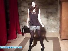 Hot show by czech queen of wizkid wonder