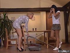 Horny mature lesbian seduces son&039;s GF